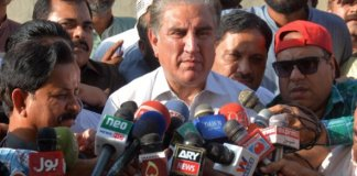 Negotiating Kashmir issue useless due to India's present leadership: FM