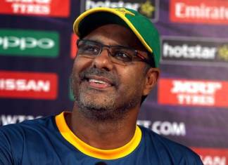 Waqar Younis excited by Pakistan's teenage quicks