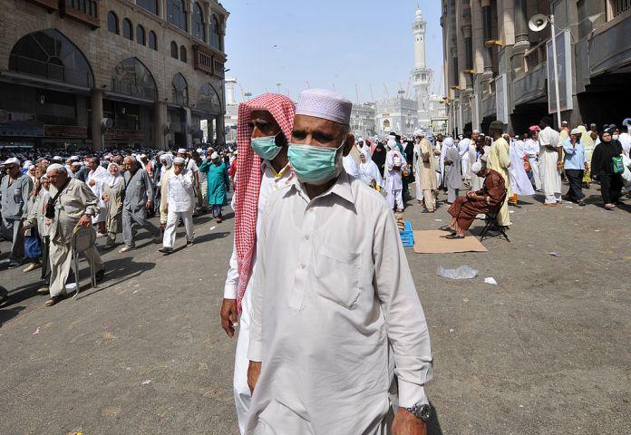 Saudi Arabia suspends entry for pilgrims over coronavirus outbreak