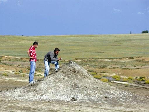 Булганакские вулканы притягивают туристов со всей Украины.