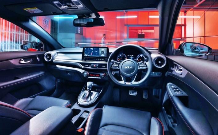 2022 KIA Cerato GT Interior