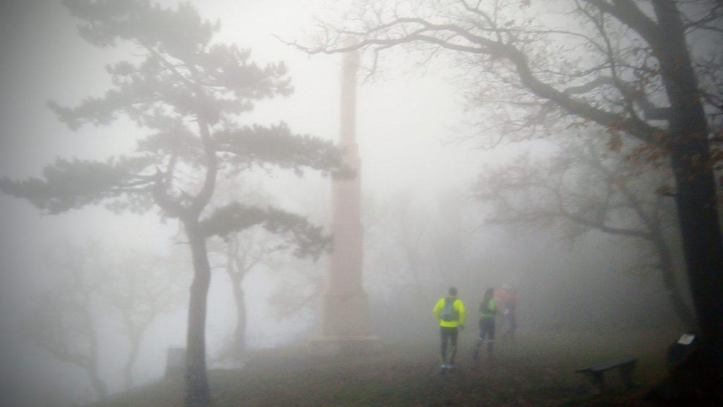Ranolder-kereszt a ködben