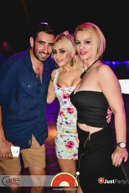Cage Club - White Swan - 011