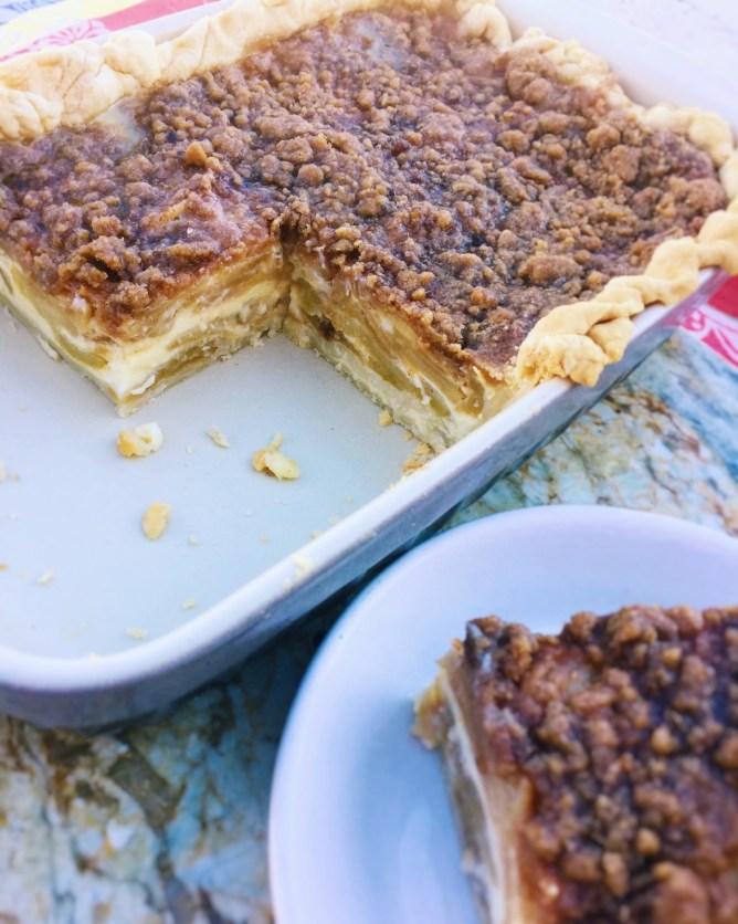 Apple Crumble Custard Pie