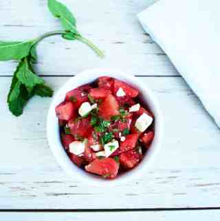 Refreshing Watermelon Feta Salad with Mint | kickassbaker.com #summersalad #watermelonrecipe #refreshing #mint