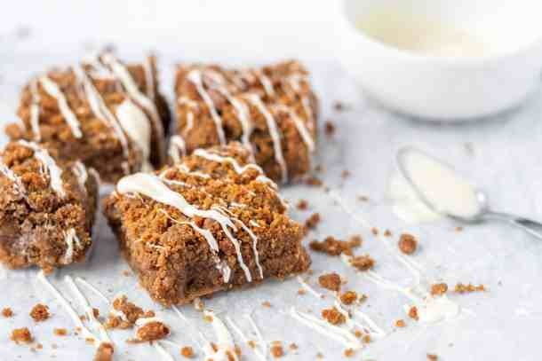 Biscoff Blondies with white chocolate drizzle | kickassbaker.com #biscoff #blondies #brownies #nutfree #recipes #baking #kickassbaker #treats