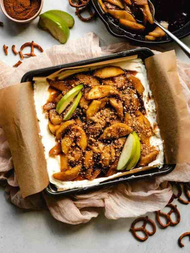 caramel apple topping on no bake cheesecake squares