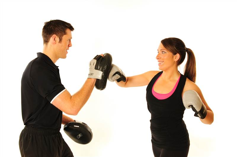 Cach tap kickboxing