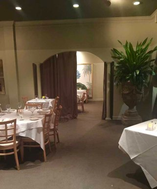 The dining room of dg in Mountainbrook, AL