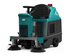 Ride-on Floor sweeper