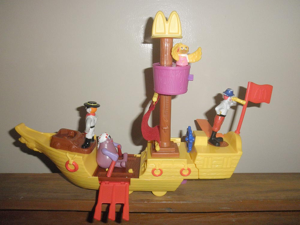 2002-mcboat-mcdonalds-happy-meal-toys