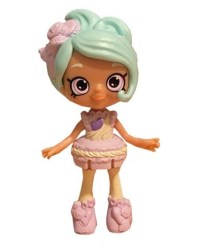 shopkins-happy-places-dolls-season-2-macy-macaron.jpg
