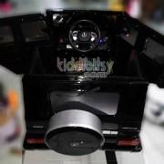 mercedes-benz-g63-lisensi-pk9728n-belakang