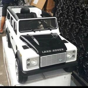 Mobil Aki Anak Land Rover