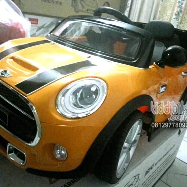 Mini Cooper Lisensi-kuning-real