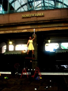 Juggling and balancing street performer at Covent Garden