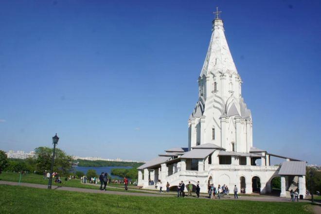 Church of the Ascension White Column Kolomenskoye Park Moscow