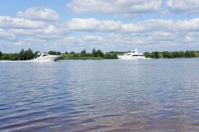 Fast Boats Volga Dubna Russia