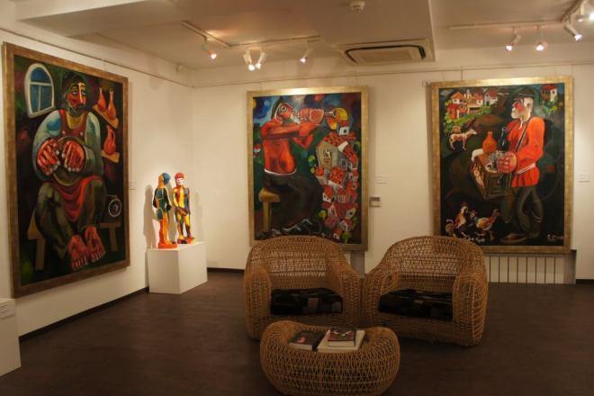 Zurab Tsereteli Studio Museum Moscow chairs and coffee table