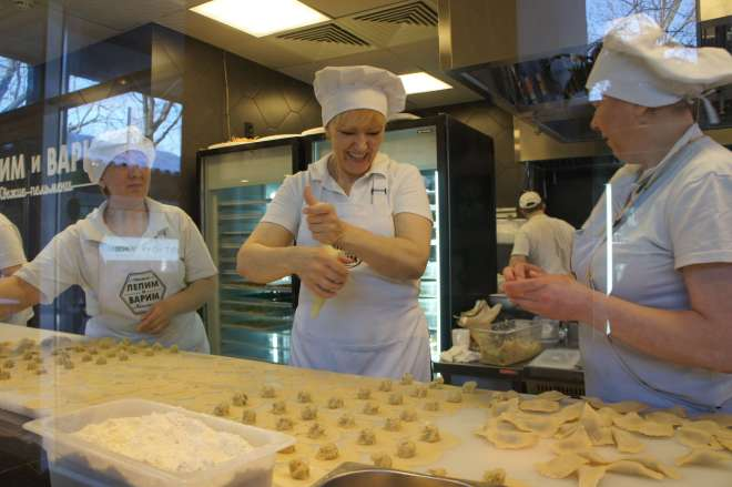 How to make pelmeni at Lepim i Varim Moscow