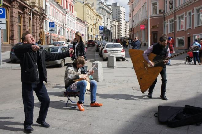 Moscow street musicians