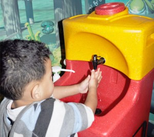 Portable hand wash units for children