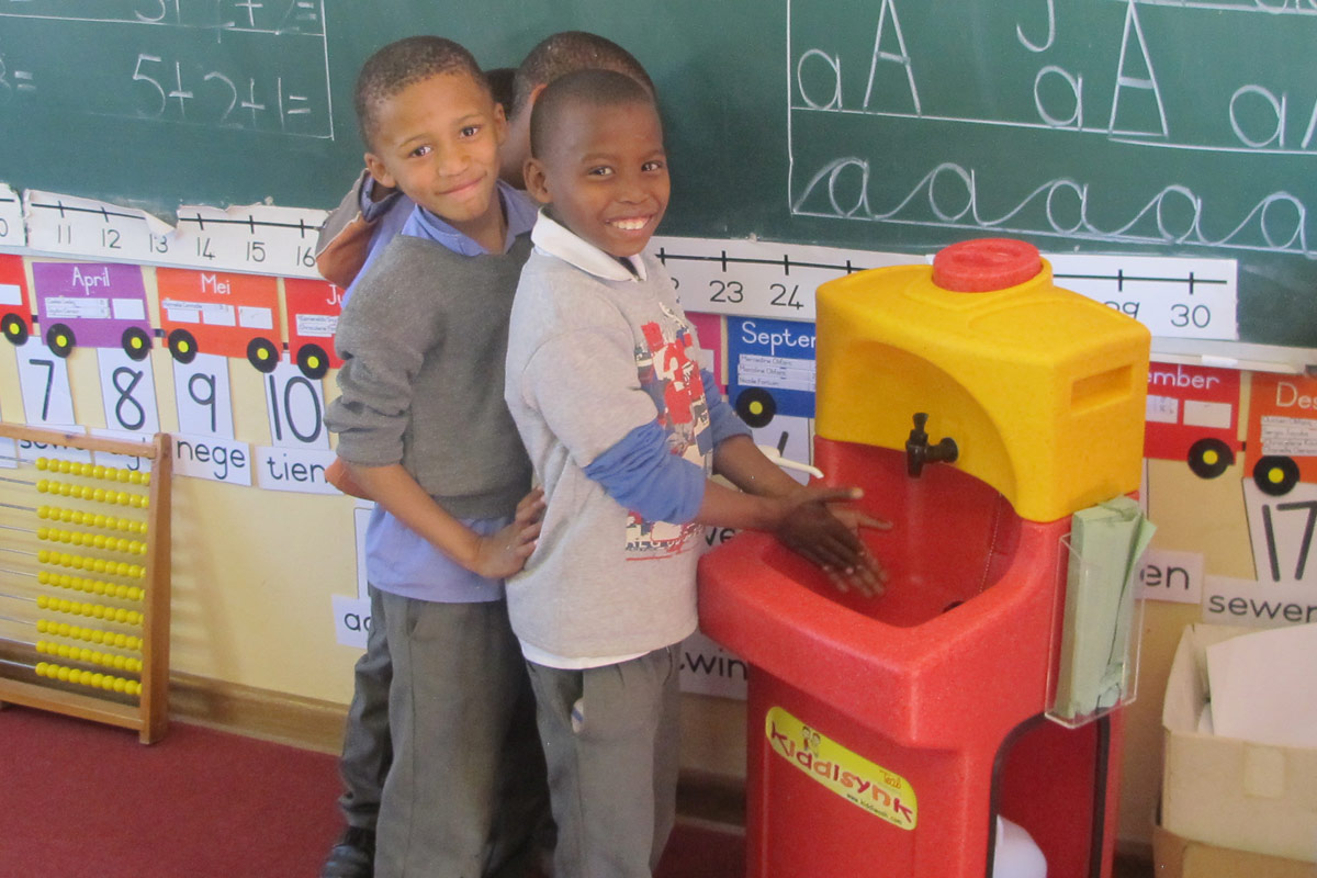 Teach children to wash their hands regularly – it saves life!