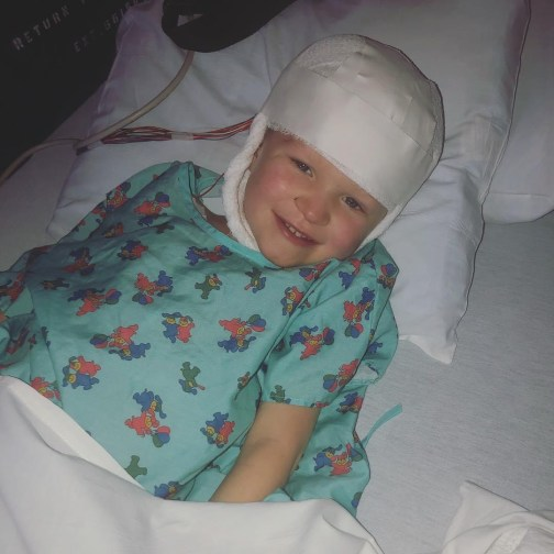 photo of a kid in a hospital
