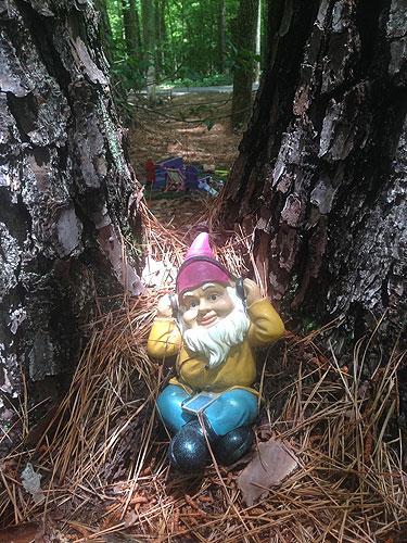 annmarie_gnome_chillin