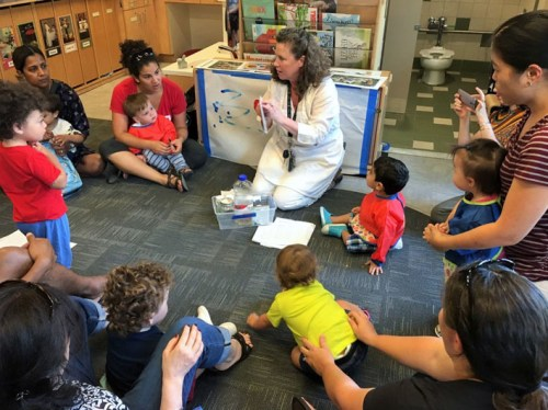 Class for toddlers at the Smithsonian Early Enrichment Center