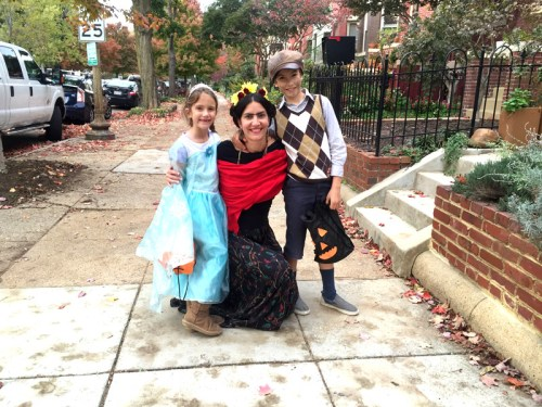 Elsa, Frida, & Oliver ready to hit the Halloween scene last year