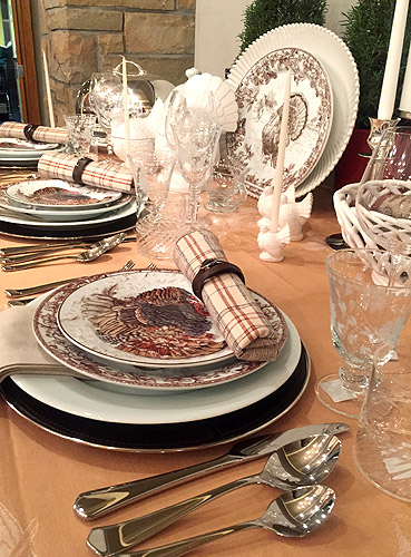 William Sonoma's festive Thanksgiving table