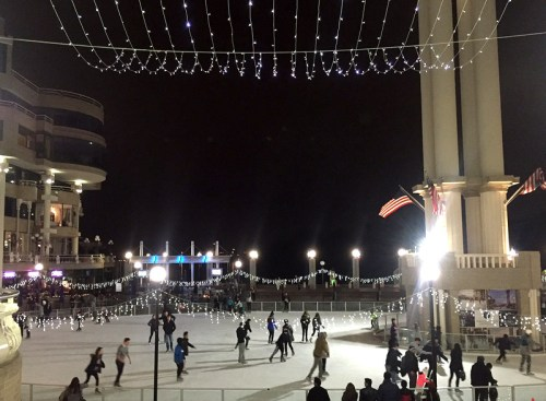 Skate under the stars at Washington Harbour