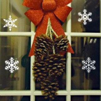 pinecone-wreath-little