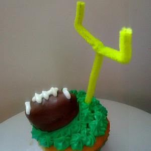 A Fun Football Cupcake Idea
