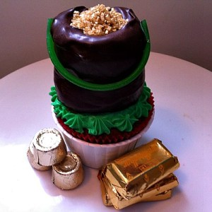 Pot Of Gold Cupcake For St. Patrick's Day
