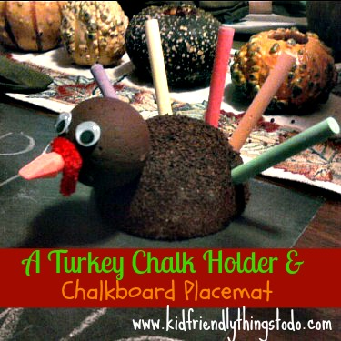 10A Chalk Holder Turkey Craft! Thanksgiving crafts to make a Beautiful and Kid Friendly Thanksgiving Table!