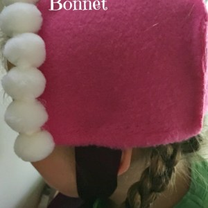 Only gluing! Make this Anna from Frozen Bonnet in 10 minutes! DIY - no sewing required - KidFriendlyThingsToDo.com