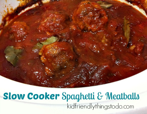 Slow Cooker Spaghetti & Meatballs! Perfect for busy nights and leftover Meatball Sandwiches!