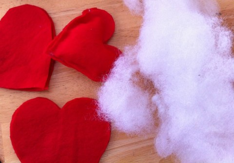 Valentine Conversation Heart Knock Down
