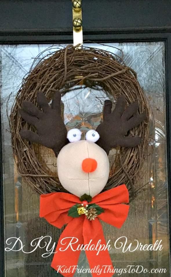 DIY Easy Plush Rudolph Wreath - KidFriendlyThingsToDo.com