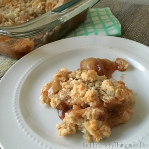 Old Fashioned Oatmeal Apple Crisp - Easy and Delicious apple crisp recipe from an old church cookbook - KidFriendlyThingsToDo.com