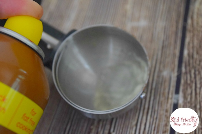 Kitchen hack - spray utensils with cooking spray when scooping out sticky syrup or honey - www.kidfriendlythingstodo.com