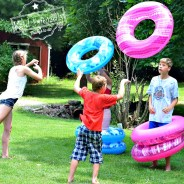 Human Ring Toss Game – A Fun and Easy Summer Outdoor Game for Kids