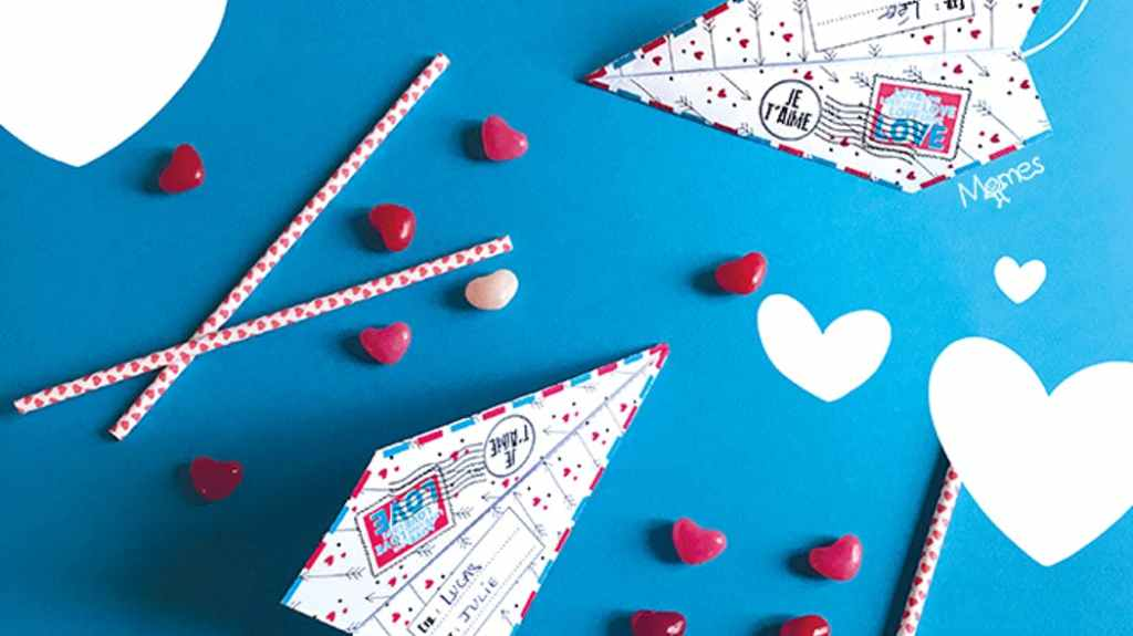 activité saint valentin : avion en papier pour dire je t'aime
