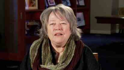 Kathy Bates   Read Every Day!