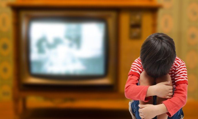 10 Television Rules For Your Child To Follow