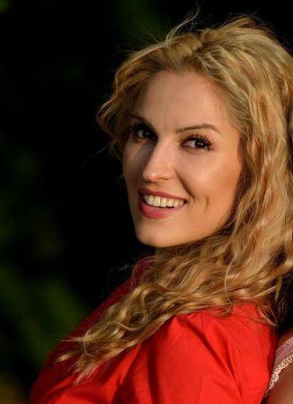 """Основателят на Първа Академия за Добри Обноски в Българско Национално Радио за """"Лабиринт на общуването"""""""