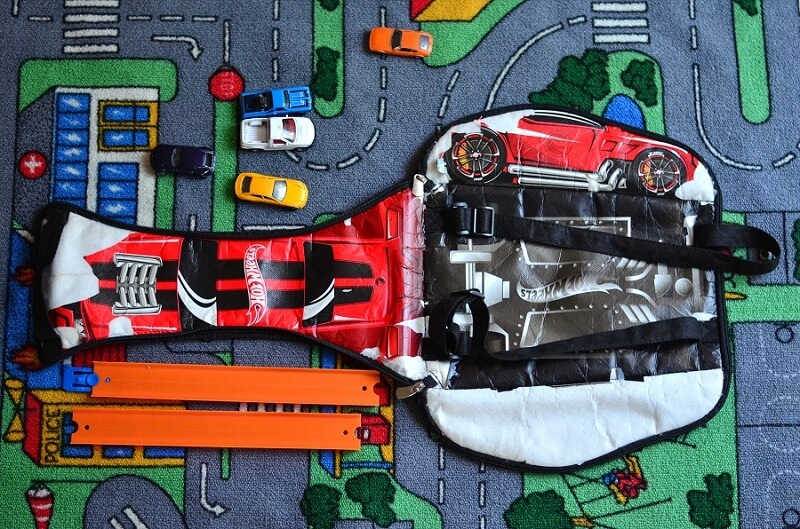 Hot Wheels zipbin backpack after use