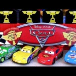 Finish Line Frenzy playset TRU Toysrus Exclusive Gold Lightning Mcqueen edition Disney Pixar